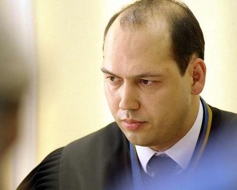 Судді Вовку, який штампує незаконні рішення у справі Медведчука, після зміни влади буде нікуди тікати
