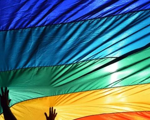 У Житомирі розклеїли листівки із закликом вбивати геїв