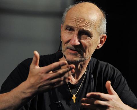 Петро Мамонов при смерті через COVID-19: музикант у комі і у нього відмовляють нирки