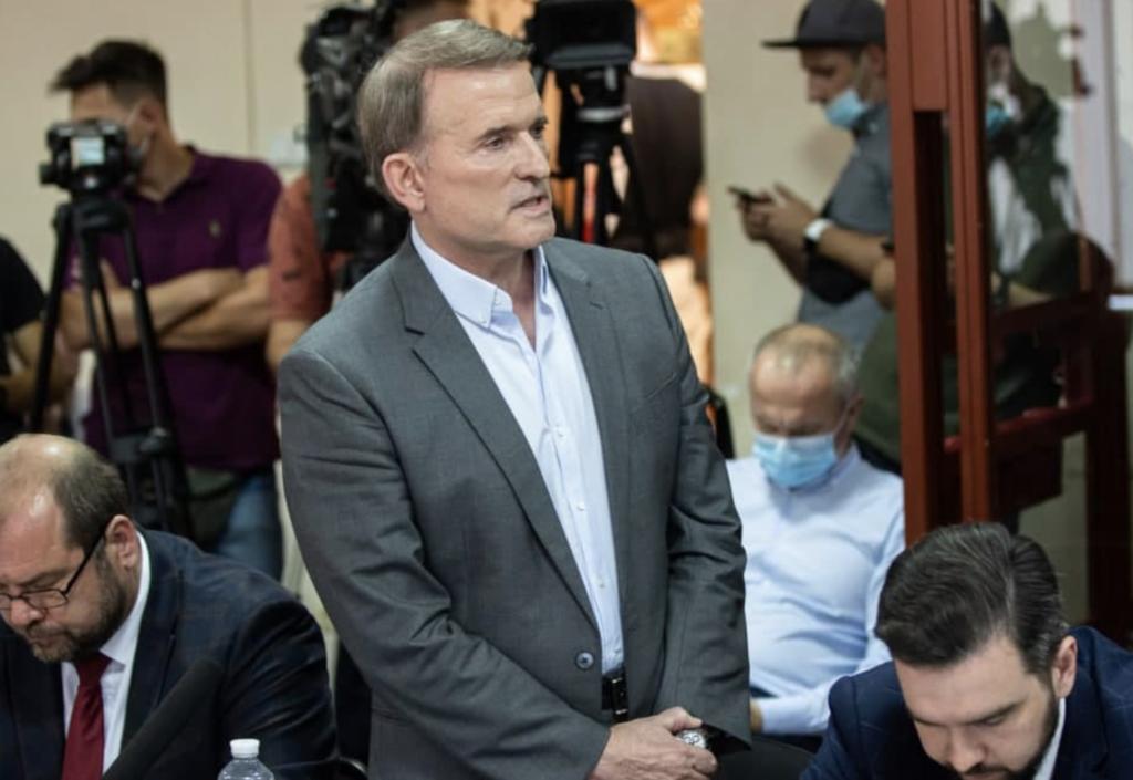 Суд над Медведчуком показывает, что Великобритания «перехватывает» Украину из рук США