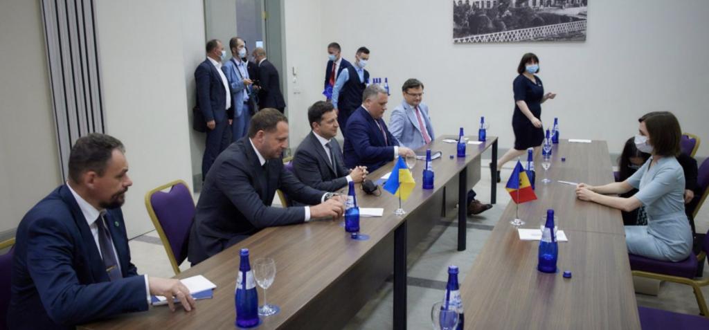 Итоги форума в Батуми: Президенты Молдовы и Грузии устроили демарш Зеленскому