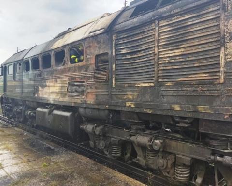Під Рівним на ходу загорівся поїзд: відео