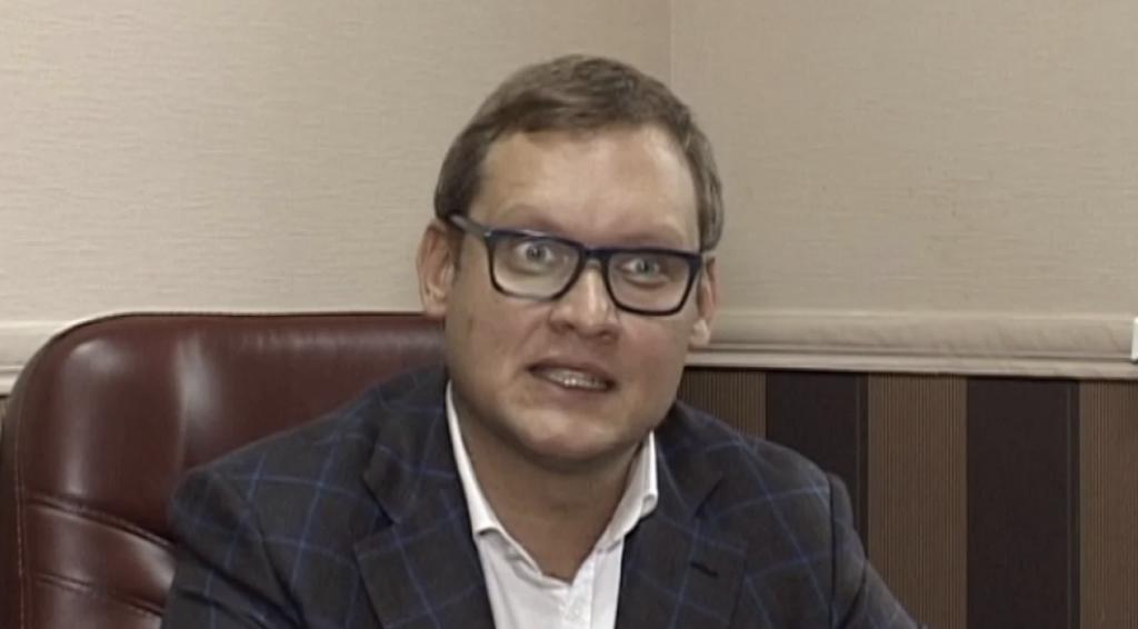 Заступника голови ОП Смирнова слід судити за пособництво у втечі екс-судді Чауса