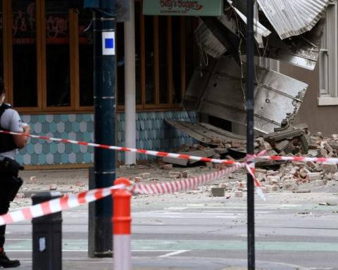 В Австралии произошло землетрясение: людей эвакуируют из-за крайне редкого для страны стихийного бедствия