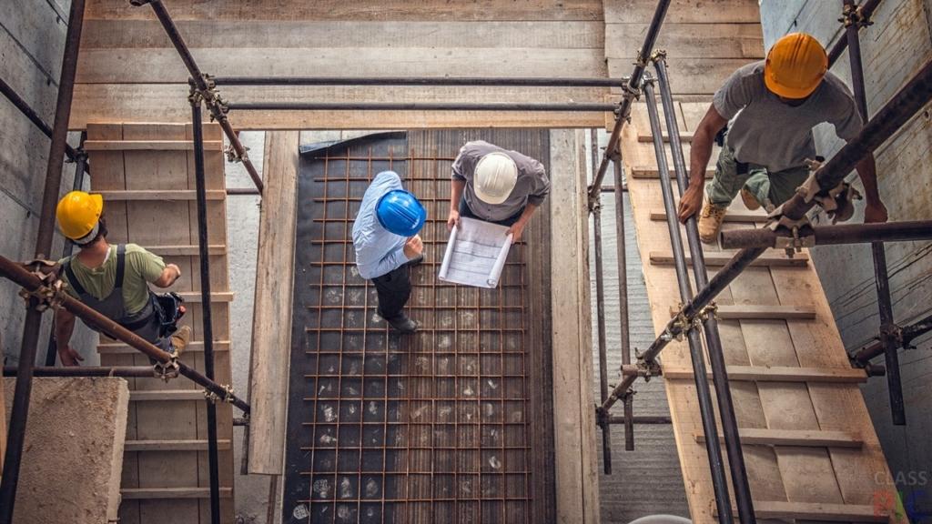 Робота за кордоном: які вакансії і зарплати пропонують українцям