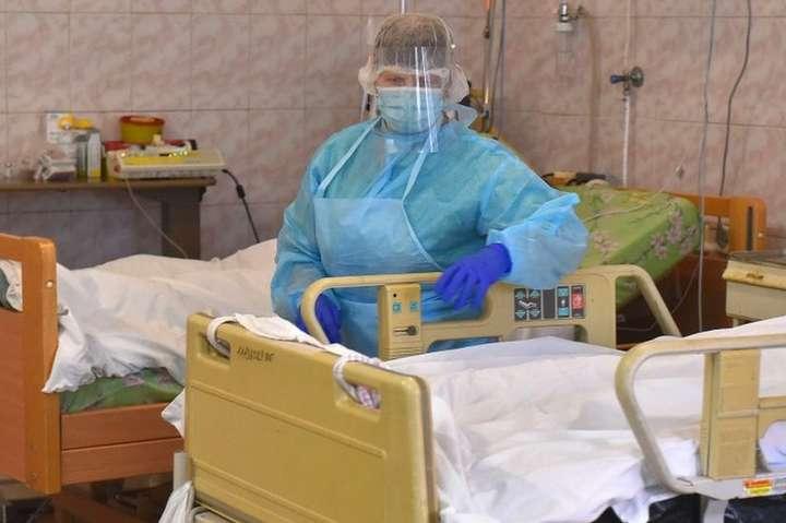 За добу в Україні виявлено понад п'ять тисяч нових хворих на коронавірус