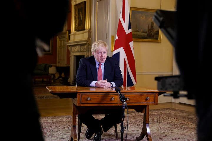 Велика Британія може запровадити новий локдаун через стрімке поширення Covid-19
