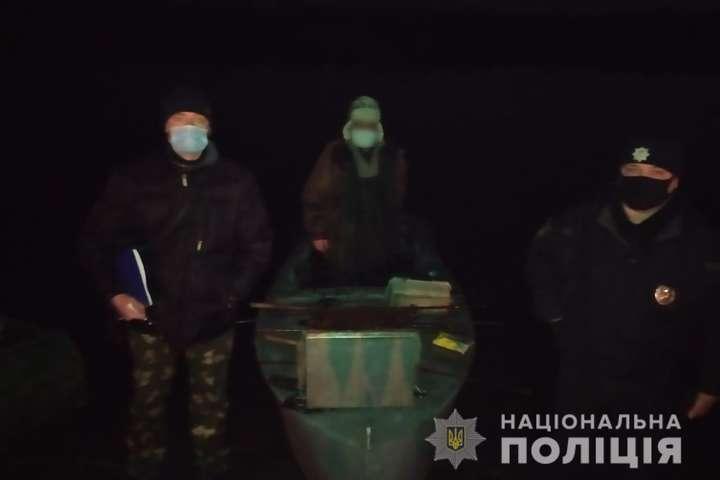 Поліція спіймала під Чорнобилем чоловіка, який ловив рибу в Прип'яті