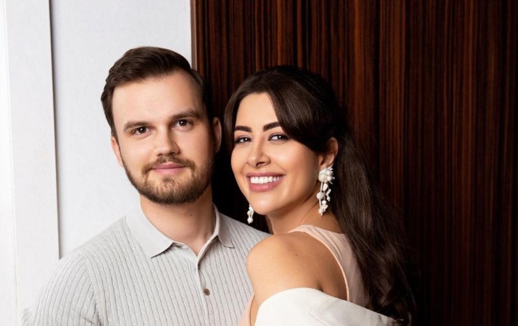 """Заручена Раміна Есхакзай здивувала заявою про дітей: """"готова розглянути варіант"""""""