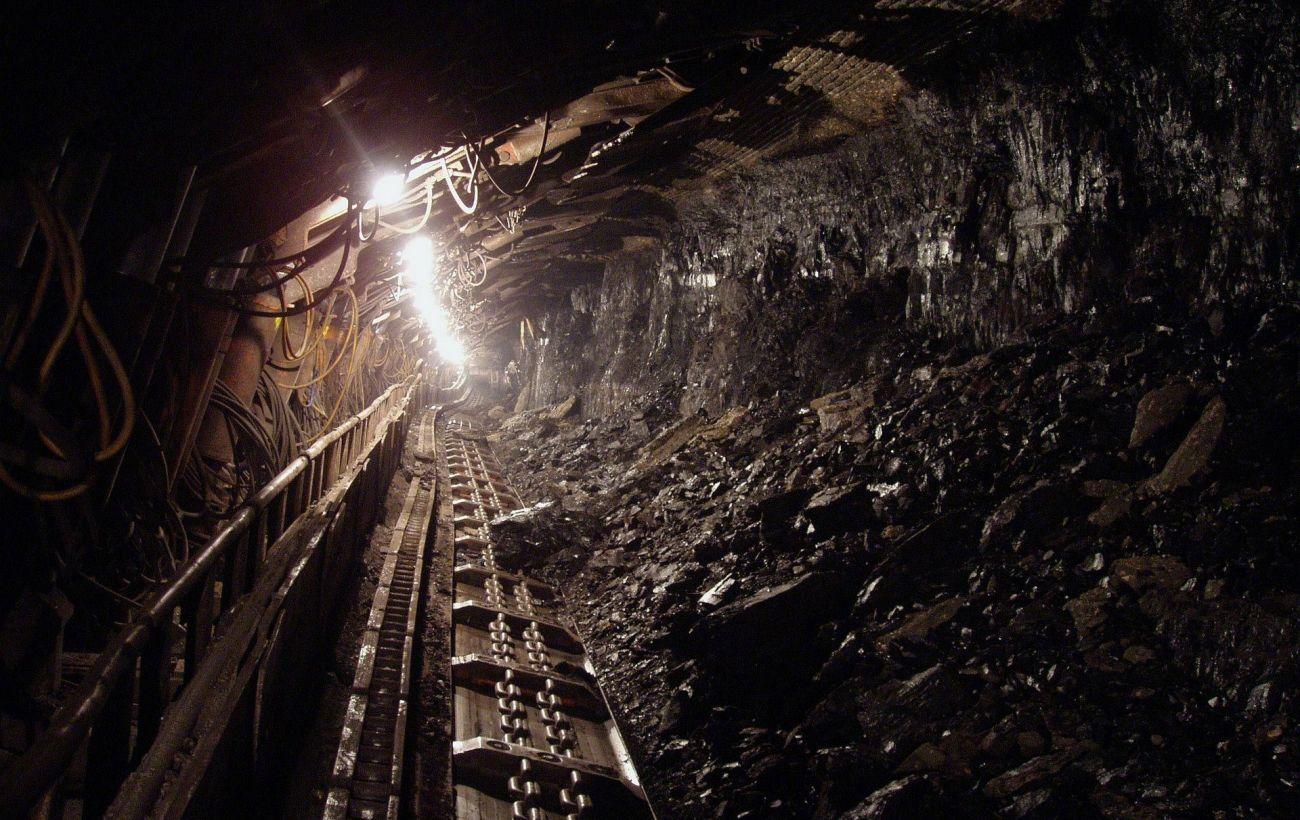Полиция начала расследование взрыва на шахте в Донецкой области