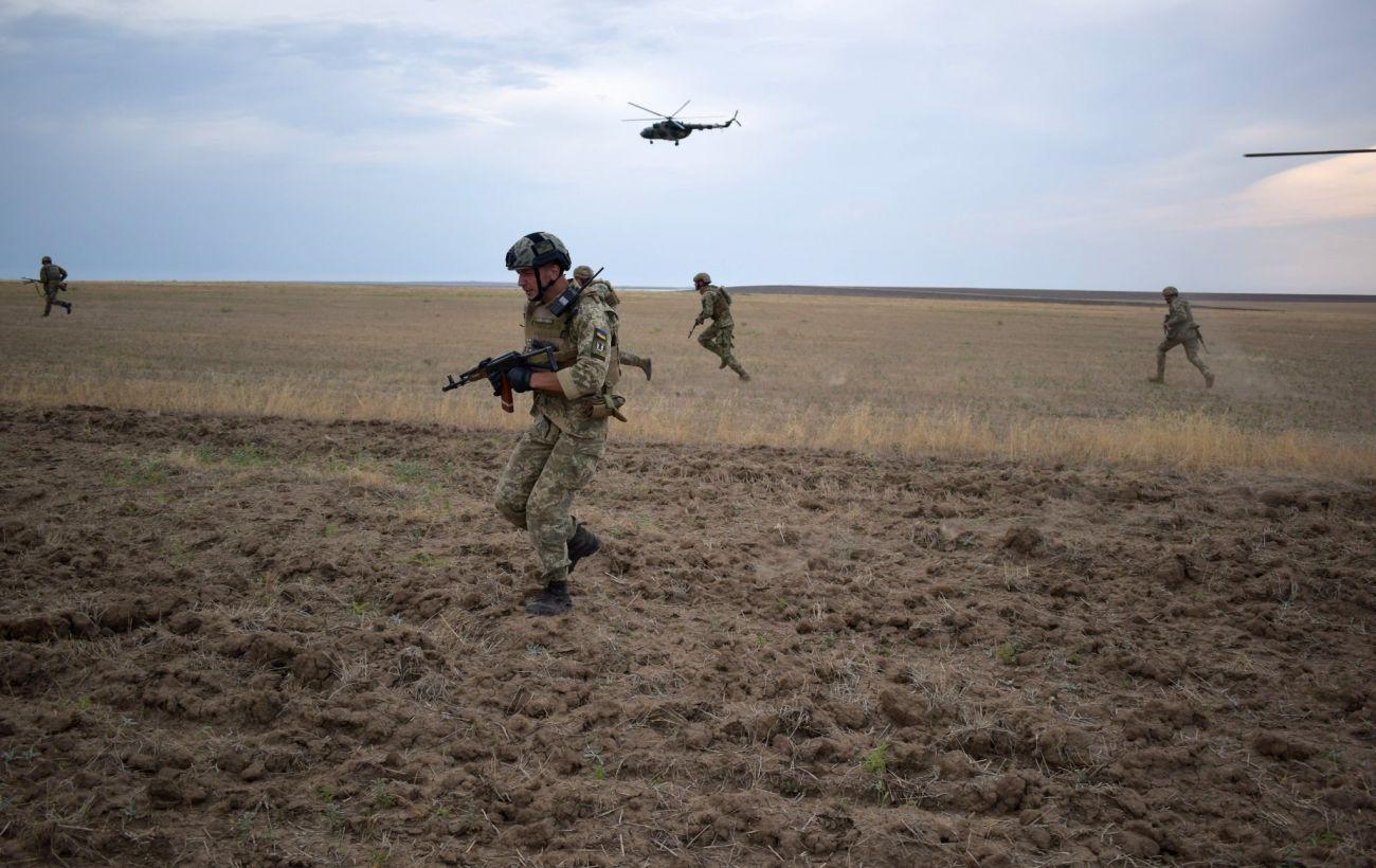 Боевики семь раз нарушали режим тишины в Донбассе, ранены двое военных