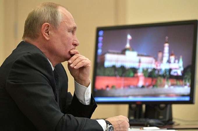 Россия рекрутирует «телевизионных политруков» для усиления пропаганды режима Путина