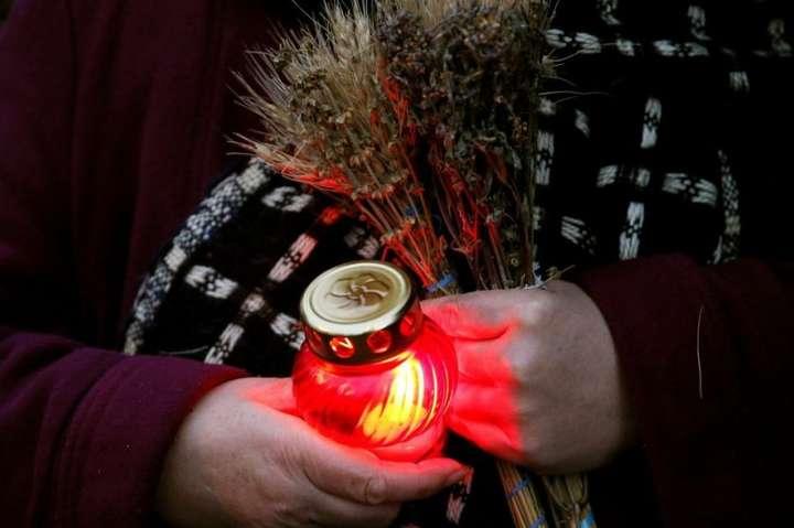 Зажги свечу. Украина чтит память жертв Голодомора