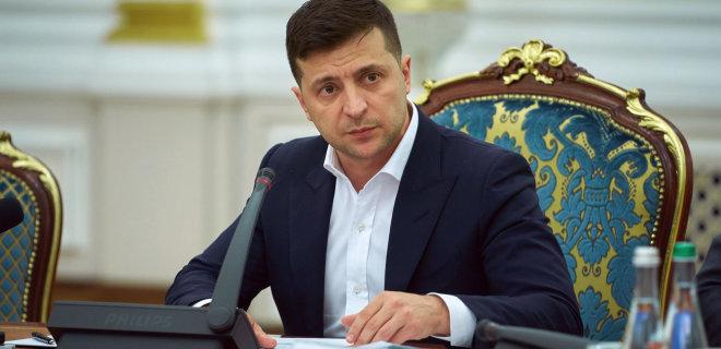 Зеленський передав підрозділам ЗСУ зброю і військову техніку
