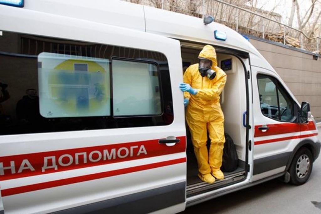 Всего 52 тысячи мест: названо число коек для больных COVID-19 в Украине