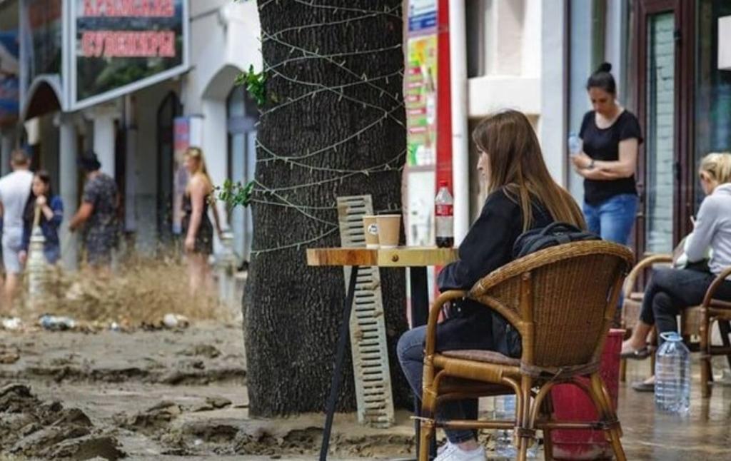Наводнение в Ялте: число пропавших без вести и пострадавших возросло