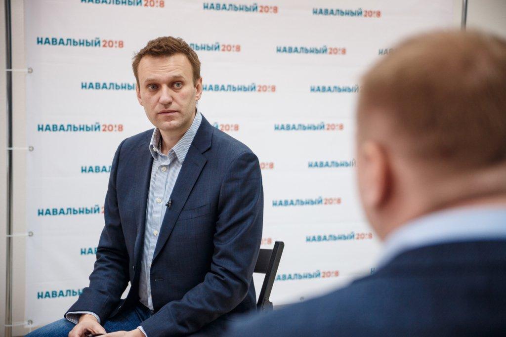 The Insider повідомляє, що Навальний прийшов до тями після отруєння