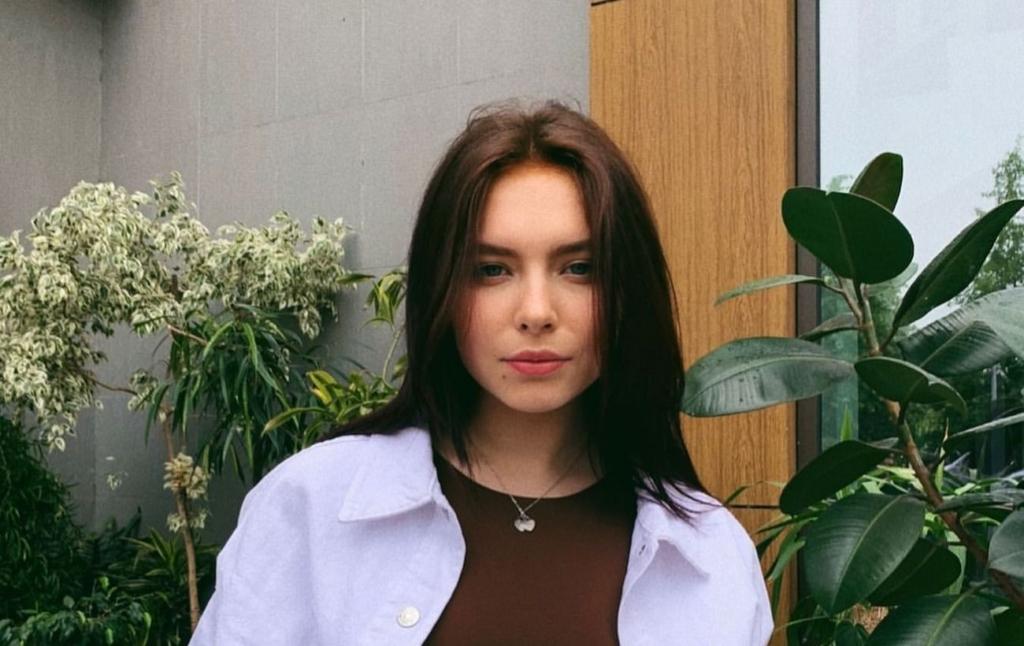 18-річна дочка Олени Кравець відірвалася під Вєрку Сердючку і засвітила тату