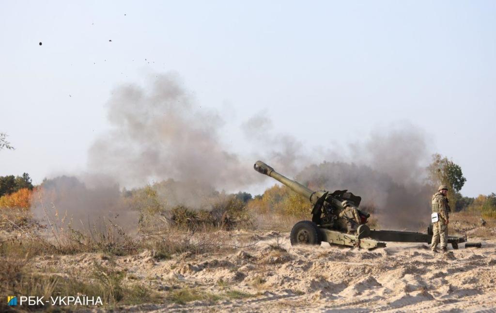 Російські окупанти тричі обстріляли позиції ЗСУ на Донбасі