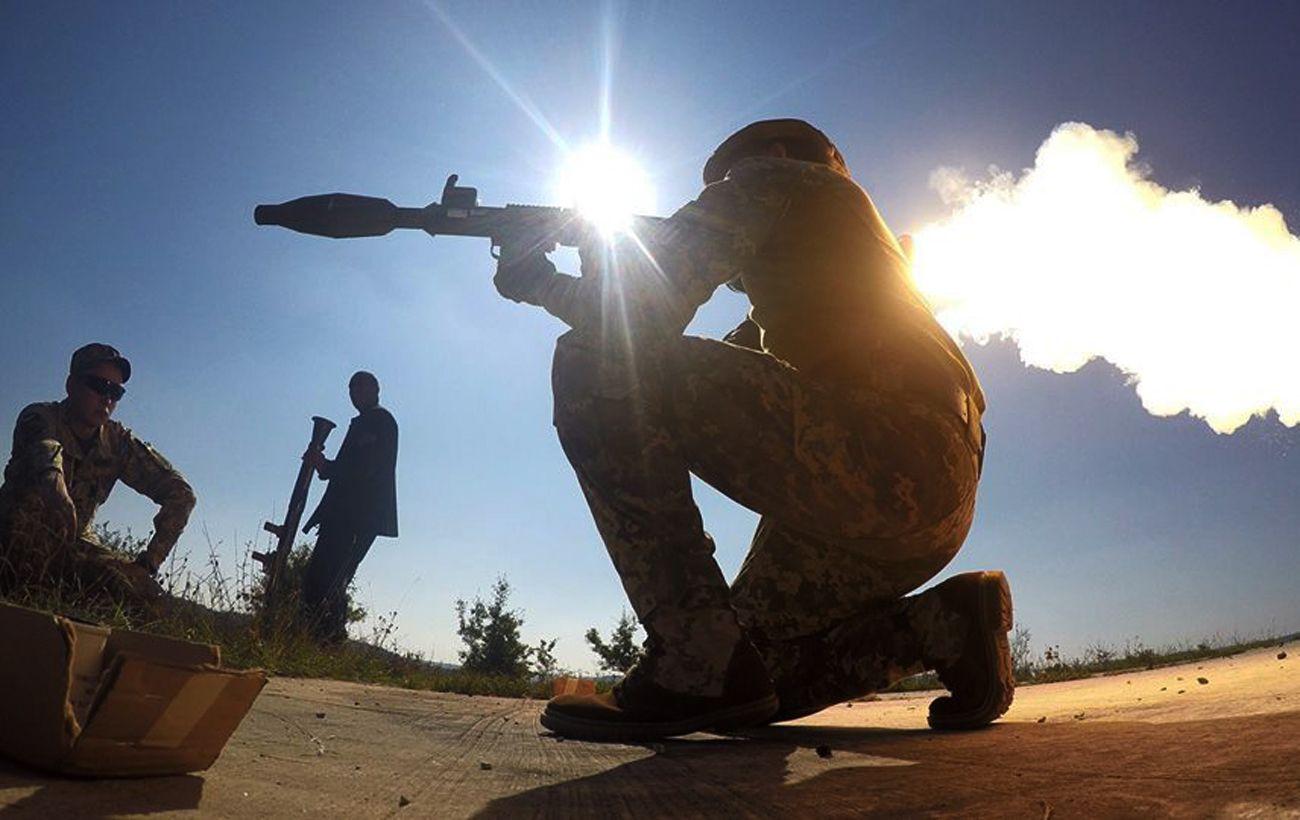 Безпілотник та гранатомети: за добу на Донбасі чотири порушення перемир'я