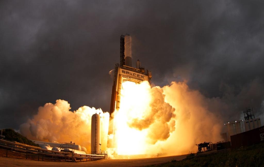 Інтернет від Ілона Маска: SpaceX вивела на орбіту чергову партію супутників