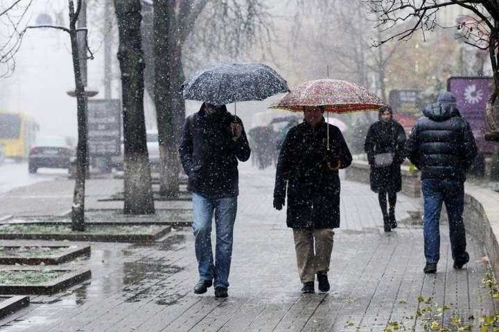 Прогноз погоди: 8 березня українці зустрінуть зі снігом