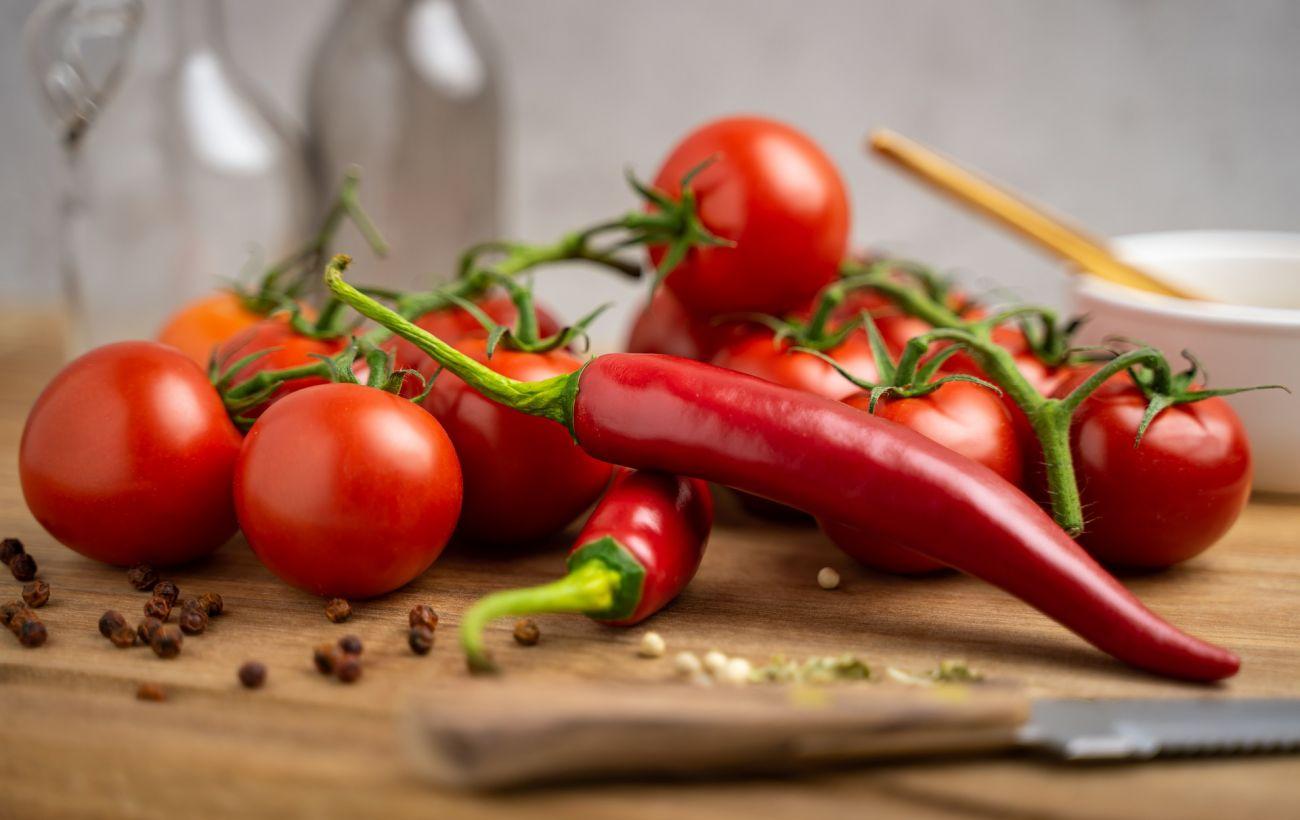 Ось що трапиться з вами, якщо з'їдати щодня по два помідори