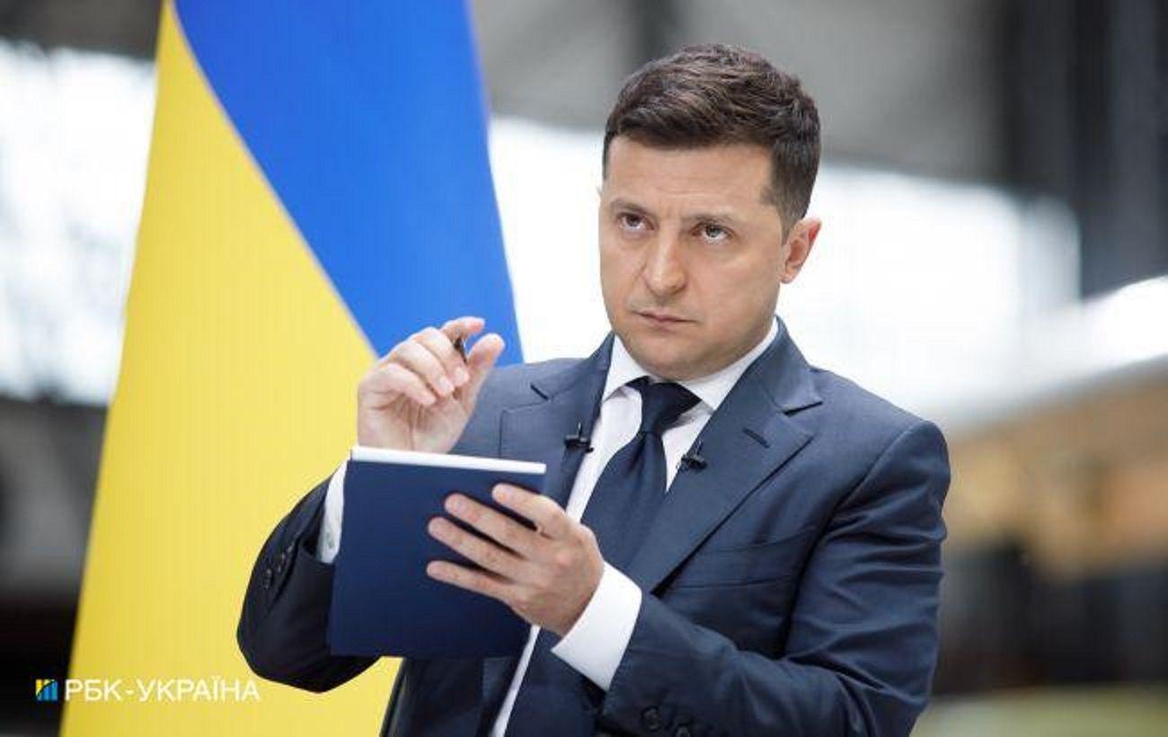В Украине ввели новые правила работы старост: Зеленский подписал закон