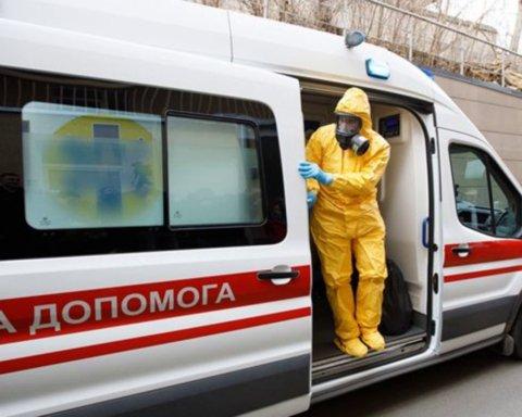 У Бердянську вісім співробітників швидкої допомоги захворіли на коронавірус