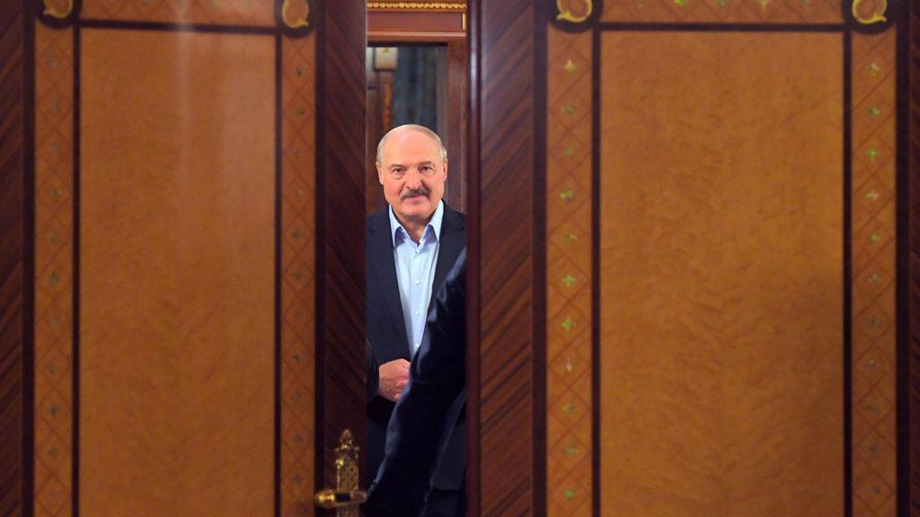 Лукашенко вважає, що Україна не поверне собі Крим