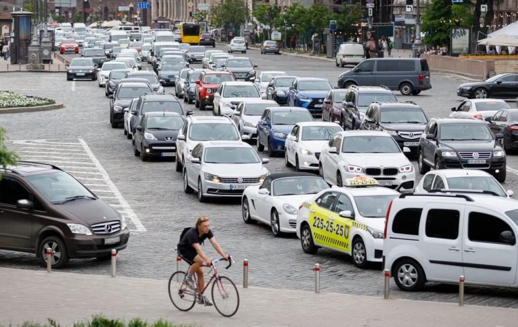Украинский водителям рассказали о нововведениях, касающихся дорог: что изменится