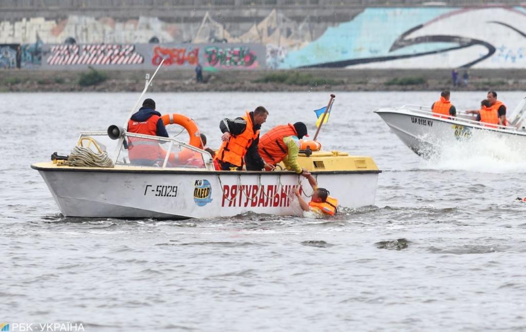 """Вчора в Україні потонули три людини. Рятувальники попереджають про небезпеку на """"диких"""" водоймах"""