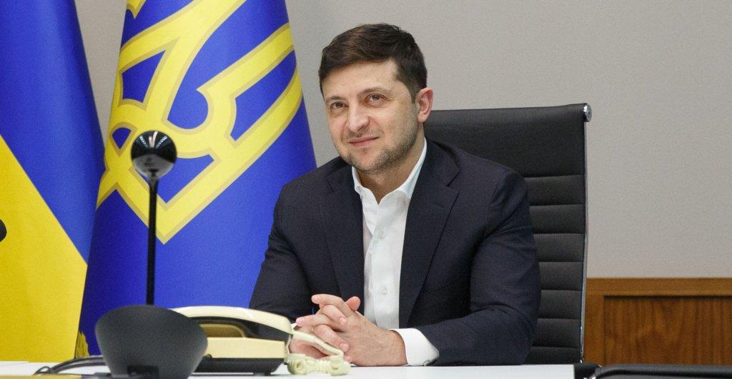 Поставив завдання: Зеленський заявив, що Україна повинна однією з перших отримати вакцину від Covid-19