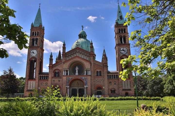 Півсотні радикальних ісламістів скоїли напад на церкву у Відні