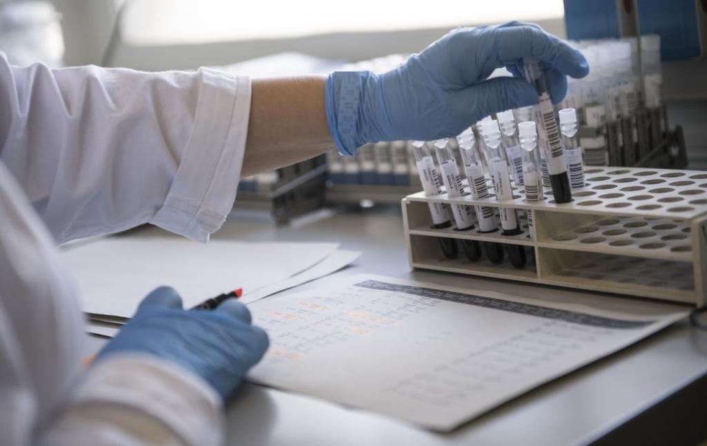 В Индии те, кто выздоровели от коронавируса, заразились редким «черным грибком»