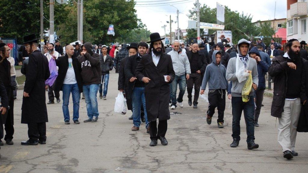 Хасиди влаштували погром біля могили рабина Нахмана: з'явилося відео