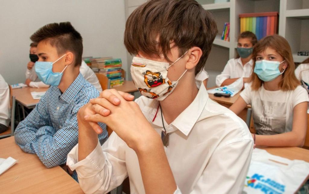 В Україні відтермінували закриття шкіл-інтернатів ще на рік