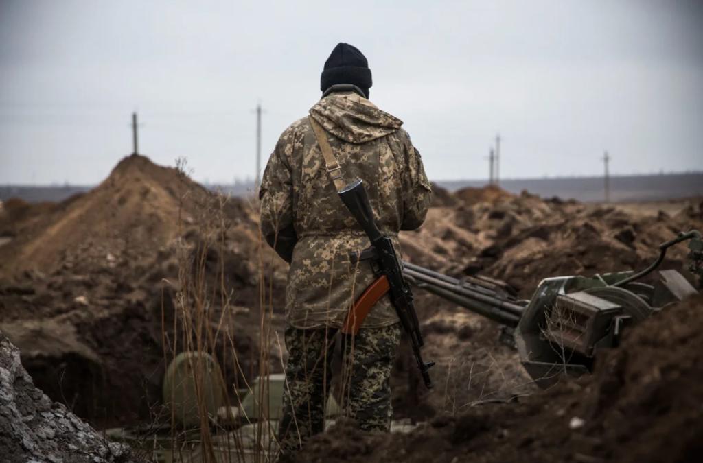 На Донбасі вперше за три тижні поранений боєць ЗСУ