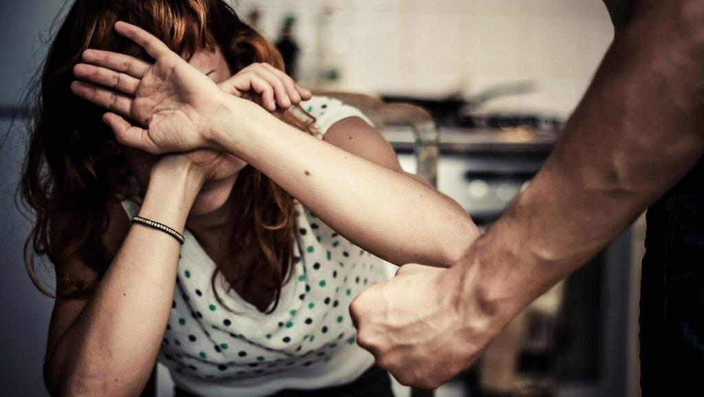 Посилення відповідальності за домашнє насильство в Україні: деталі нового закону