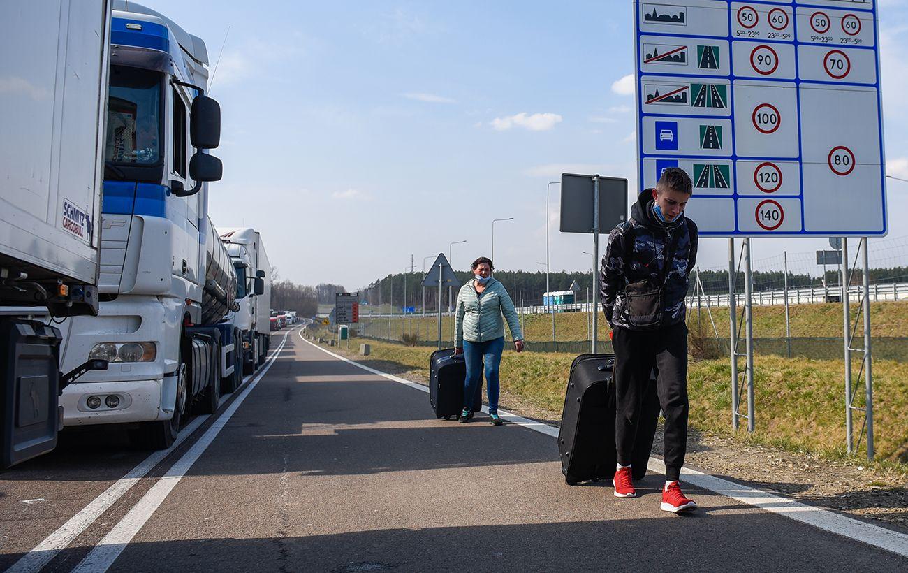 Беларусь дает наркотики нелегальным мигрантам, — МВД Польши