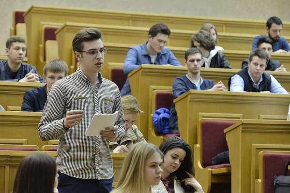 Ректором стане «слуга народу»? Студентський парламент обурений останніми подіями в Університеті Шевченка