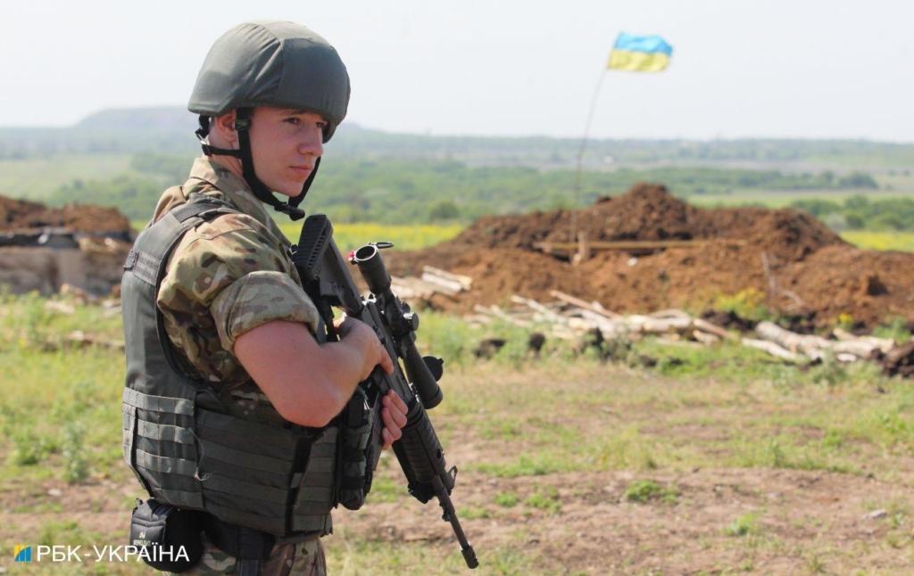 Бойовики на Донбасі двічі вели вогонь по позиціях ООС: застосовували міномети і гранатомети