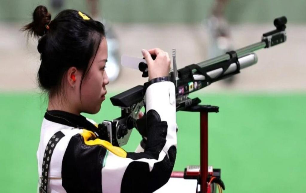 На Олимпиаде в Токио определились победители по стрельбе из пневматической винтовки среди женщин
