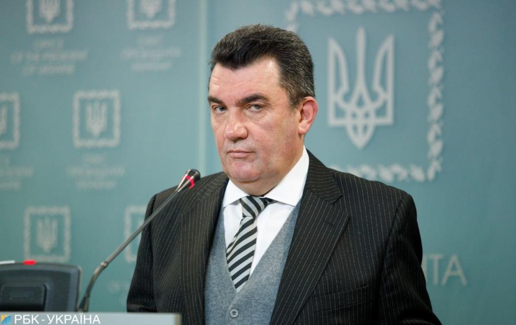 В санкционных списках СНБО нет ни одной случайной человека, — Данилов