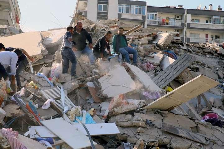 Зросла кількість жертв землетрусу в Туреччині та Греції