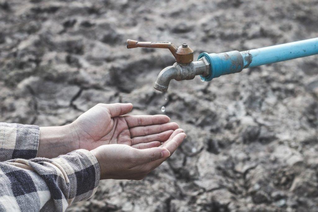 Вистачить тільки до грудня: окупанти закликають кримчан економити воду