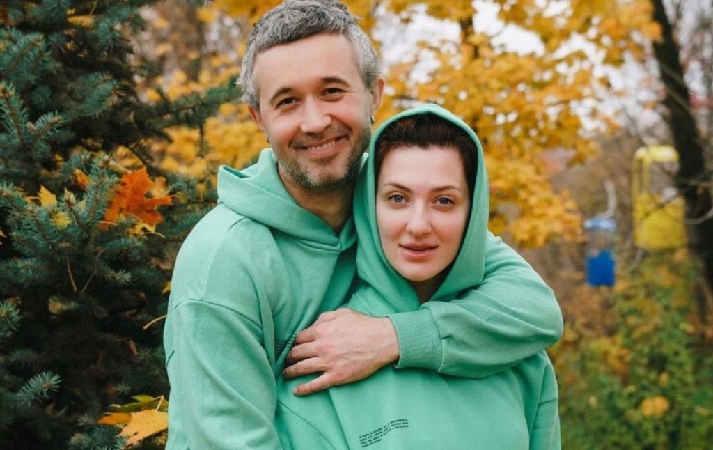 Жена Бабкина назвала его подкаблучником и сделала заявление: мы идеальные