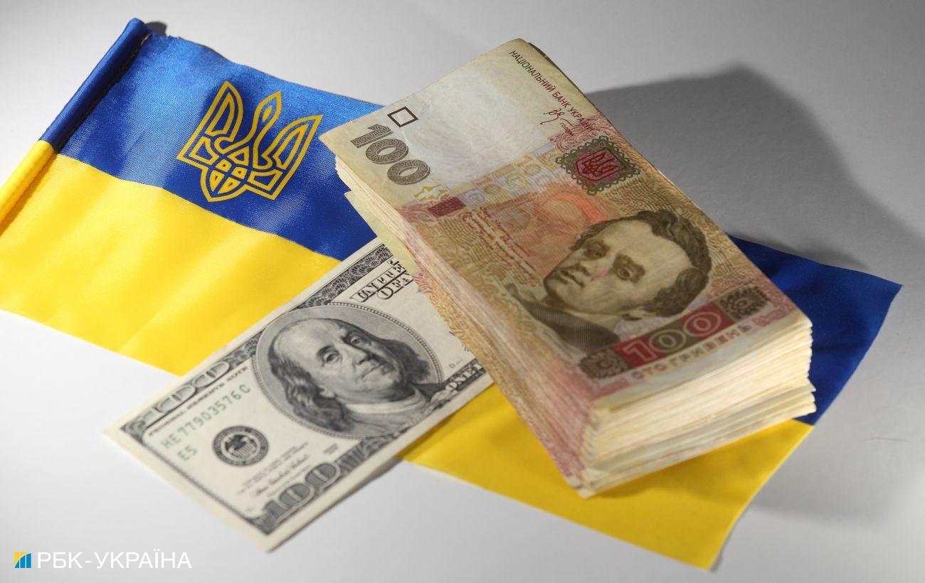 Перекази з-за кордону зростають: за півроку в Україну надійшло понад 6 млрд доларів