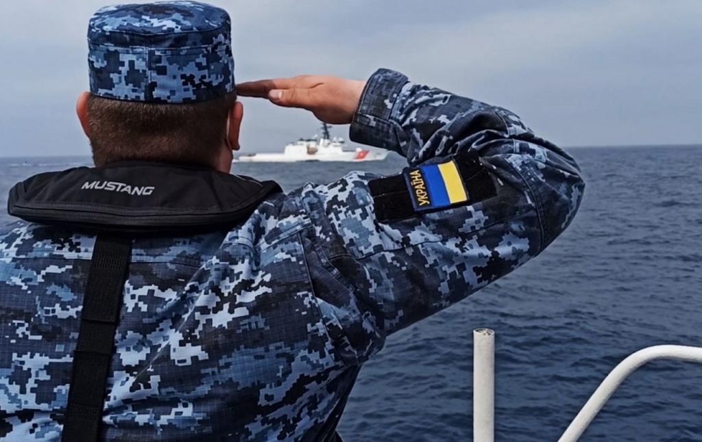 Украина и США провели совместные учения в море. Корабли РФ создавали затруднения для маневров