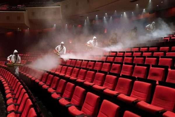 Пандемія вносить корективи: які кінопрем'єри 2021 року було відкладено